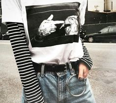 f a s h i o n // stripe sleeved shirt + graphic tee + mom jeans