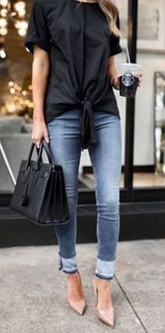 30 Spring Business Outfits To Be The Chicest Woman In Your Office, Spring Outfits, 30 Spring business outfit ideas, that always looks awesome. Fashion Mode, Look Fashion, Street Fashion, Autumn Fashion, Fashion Trends, Fashion Outfits, Heels Outfits, Fashion Ideas, Ladies Fashion