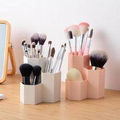 Cosmetics Box Nail Polish Box Makeup Tools Pen Holder Rack 3 Lattices Jewelry Brush Case for Office Desk Stationery Organizer Makeup Box, Makeup Tools, Diy Makeup, Makeup Items, It Cosmetics Brushes, Makeup Brushes, Nail Polish Box, Desk Stationery, Tool Rack