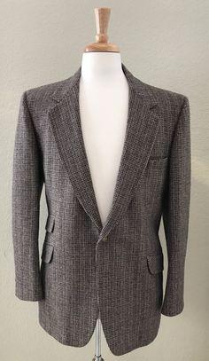 Laughton Hunter for Bradys Wool Sport Coat by StatelyVintageShop on Etsy https://www.etsy.com/listing/554297257/laughton-hunter-for-bradys-wool-sport