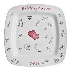 http://wedding-pictures-05.onewed.com/29549/signature-plate-creative-wedding-guest-book__full.jpg