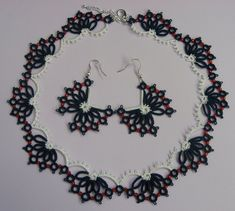 Butterflies - summer necklace and earrings, modern lace with beads