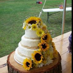 Country style wedding cake ~ vanilla cake with chocolate filling and French vanilla buttercream. All real fresh flowers.