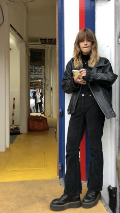 - Street Style Outfits - You are in the right place about cute outfits Here we offer you the - Street Style Outfits, Mode Outfits, Fall Outfits, Casual Outfits, Fashion Outfits, Womens Fashion, School Outfits, Flannel Outfits, Grunge Outfits