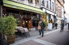 Café De Muze gaat weer open - De Standaard: http://www.standaard.be/cnt/dmf20170315_02781173