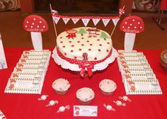 Cake and treats at a Red Riding Hood Party #redridinghood #partytreats