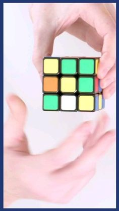 This seven-step guide will take you through the process of solving a Rubik's Cube - just bring some patience and dedication. video Rubic's Cube Tutorial: 7 steps on how to solve a rubik's cube Diy Crafts Hacks, Diy And Crafts, Crafts For Kids, Paper Crafts, Magic Crafts, Simple Life Hacks, Useful Life Hacks, Amazing Life Hacks, Rubiks Cube Patterns