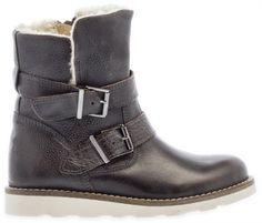 743df8cd0f8 HIP | Deze lekkere gevoerde schoenen zijn een echte must-have voor meiden.  Shoppen