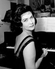 Interview with Virginia Zeani at 90 'My brain believes that I'm eternally young' Opera Singers, My Brain, Monte Carlo, Classical Music, Music Stuff, Orchestra, Budapest, Opera House, The Voice