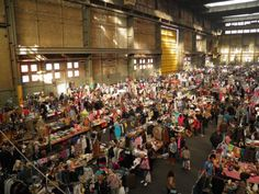 Do you love treasure hunting for bargains? Then head over to the IJ-Hallen fleamarket in Amsterdam Noord!