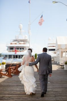 Photography: Deborah Zoe - deborahzoephoto.com  Read More: http://www.stylemepretty.com/2014/01/24/newport-wedding-at-the-regatta-place/