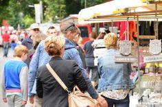 In Odoorn wordt op 11 september de jaarlijkse markt(boeren) gehouden op het dorpsplein en onder de Boshof. Naast de markt zijn er allerlei andere activiteiten zoals een klompenrace en is er de hele dag live muziek.  Lees verder op onze website.