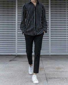 Stylish ideas for casual korean fashion 014 Korean Fashion Men, Kpop Fashion, Mens Fashion, Fashion Outfits, Korean Men, Korean Style, Fashion Trends, Korean Outfits, Trendy Outfits