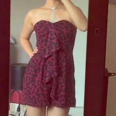 """Cute Express romper! Loooove this!  The pattern, the colors, the drape, the pockets, the cut... but it's too small!!  especially at the bust.  Bust is about 30"""", relaxed, waist 28"""", armpit to hem 22"""".  Sooo cute!  New w/o tags! Express Dresses Strapless"""