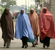 somali fashion clothing, those women are wearing hijab.