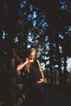 Pregnant Portrait in natural light by Zagrean Viorel