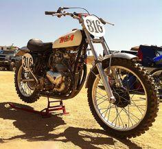 Motocross Bikes, Vintage Motocross, Scrambler Motorcycle, British Motorcycles, Cool Motorcycles, Street Tracker, Old Bikes, Dirt Bikes, Desert Sled