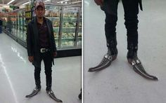 Funny People of Walmart In Weird Outfits - 30 Photos -12 http://ibeebz.com
