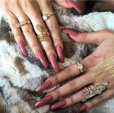 Image uploaded by The-Lovely_One ☼. Find images and videos about fashion, pink and nails on We Heart It - the app to get lost in what you love. Love Nails, How To Do Nails, Pretty Nails, Nail Ring, Nail Manicure, Long Fingernails, Nail Length, Glam Nails, Beauty Nails