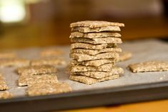 Easy Vegan & Gluten Free Crackers - very adaptable recipe utilizing leftover cooked grains. #vegan #gf