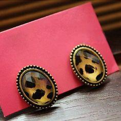 Leopard Gem Studs - Fashion Accessories Free shipping