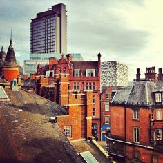 Sheffield rooftops (photo by @ tomcrookes on IG) #socialsheffield #sheffield