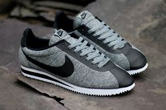 NIKE-CORTEZ-TECH-FLEECE4