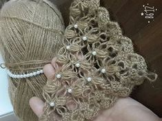Ergahandmade: Crochet Bolero With Pearls - Diy Crafts - DIY & Crafts Gilet Crochet, Crochet Cardigan, Crochet Scarves, Crochet Shawl, Crochet Clothes, Love Crochet, Crochet Motif, Crochet Doilies, Crochet Lace