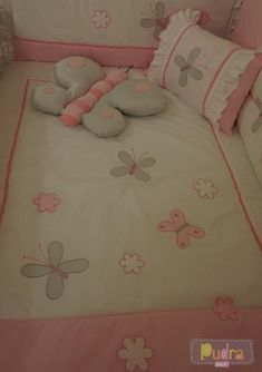 45 Best Ideas For Sewing Baby Girl Gifts Sleeping Bags Baby Sheets, Cot Sheets, Baby Bedding Sets, Baby Pillows, Crib Bedding, Kids Nap Mats, Kit Bebe, Butterfly Baby, Doll Beds