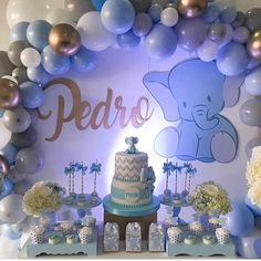Chá de bebê lindo por @amazingpartiesbogota #chadebebe#babyshower #festalinda#festadelicada #baloespersonalizados #baloesdesconstruidos… Baby Shower Decorations For Boys, Boy Baby Shower Themes, Baby Shower Fun, Baby Shower Parties, Babyshower Themes For Boys, Baby Girl Elephant, Elephant Baby Showers, Baby Birthday, Gift Flowers