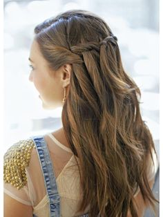 9 Cute Hairstyles You Can Pull Off No Matter How Many Times You Hit Snooze