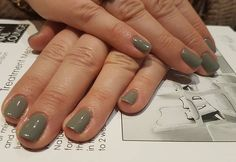 Oh gosh! They are just divine on the lovely Teresa... It's oh parachute from #gelish #croydonnails #london #nails #qbnails #love #gels #londonnails #luxury #qbnailsalon #qbnails