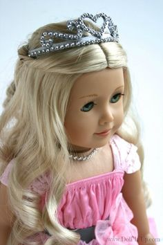 This site is packed with DIY 18 inch doll ideas.  My girls are going to FLIP!
