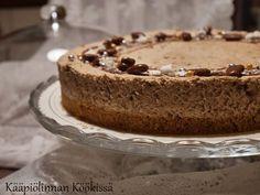Kääpiölinnan köökissä: Ihana Daim-juustokakku ♥ Tiramisu, Pie, Baking, Ethnic Recipes, Desserts, Food, Torte, Tailgate Desserts, Cake