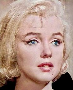 Gentlemen Prefer Blondes, Marilyn Monroe Photos, Actrices Hollywood, Female Stars, Norma Jeane, Old Hollywood Glamour, The Most Beautiful Girl, Pretty Pictures, Celebs
