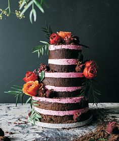 This recipe for a beetroot and rose truffle cake from new book 'Sticky Fingers, Green Thumb' will become your secret weapon chocolate cake. Cake Truffles, Chocolate Truffles, Chocolate Cake, Chocolate Work, Diy Wedding Cake, Wedding Cake Flavors, Wedding Blog, Rustic Wedding, Wedding Ideas