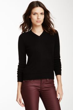 Long Sleeve Cashmere V-Neck Sweater This is a great piecefor your wardrobe.