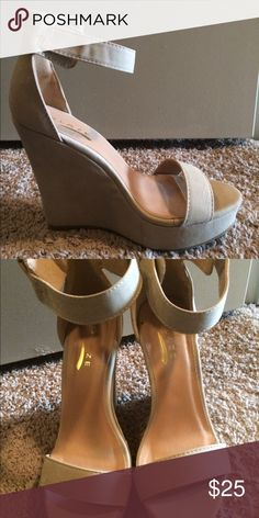 Nude platform wedges Nude platform wedges are comfortable and sliming! Great for summer and special occasions. Worn once. Glaze Shoes Heels