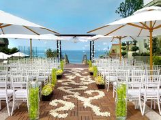 Love this #petal #pattern for a #beach #wedding