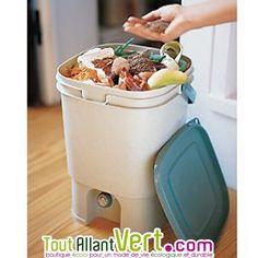 Composteurs d 39 appartement on pinterest compost cuisine - Poubelle a compost d interieur ...