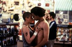 Robin Tunney shaved her hair for her role as Deb in 1995's cult classic Empire Records.