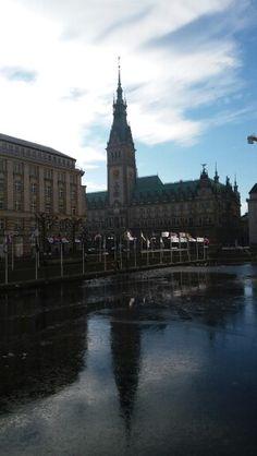 Das Rathaus...