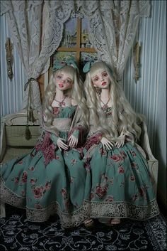 Two Cassie's by Pink Grapefruit, BJD doll
