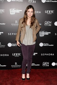 Hayley McFarland - love her jacket and her pants Hayley Mcfarland, Tim Roth, Straight Guys, Pretty Face, Sephora, Military Jacket, Beautiful Women, Hollywood, Female