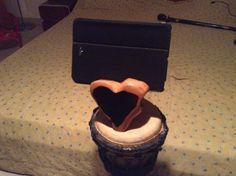A naturally occurring heart in Blackwood...made for a nice IPad stand for my daughter...