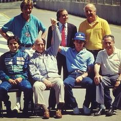 Historia:James Hunt, Jackie Stewart, Denny Hulme,Nelson Piquet, Juan Manuel Fangio, Ayrton Senna y Jack Brabham )