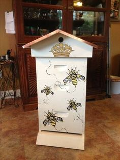 Bee hive for a queen!