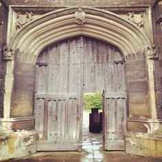 Queens' Queen's College, Cambridge, Queens, Doors, Vacation, Architecture, Arquitetura, Vacations, Holidays Music