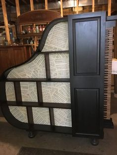 piano bookcase, Finished bookcase with the door closed