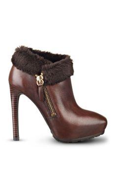 Ivorie Faux-Fur Booties | GUESS.com